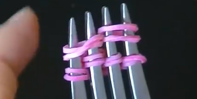 браслет на вилке видео